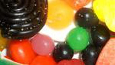 Trop de produits gras et sucrés dans les pubs pour enfants