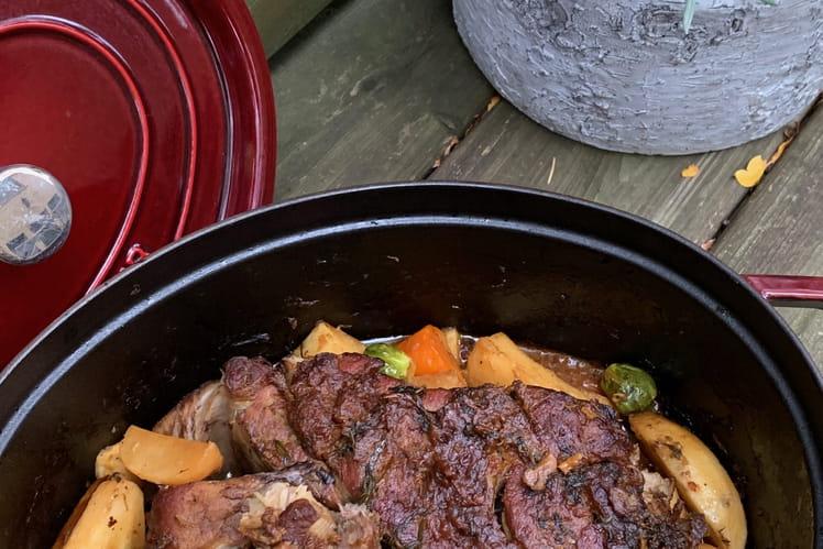 Épaule de porc au four et ses légumes d'automne