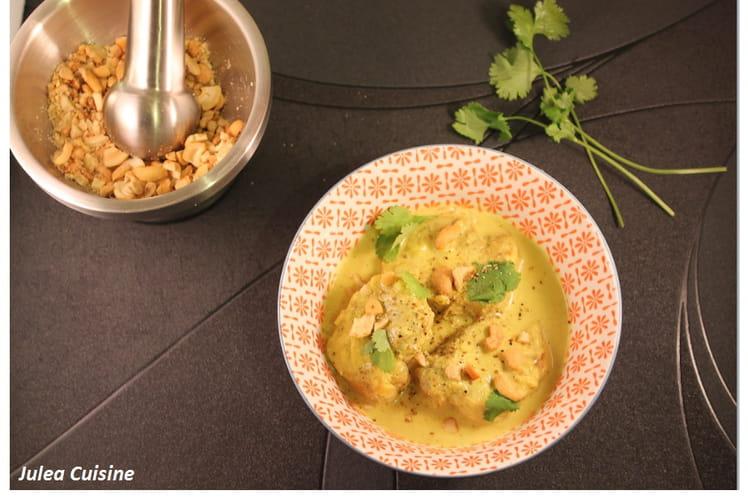 Curry de porc léger, lait de coco et noix de cajou