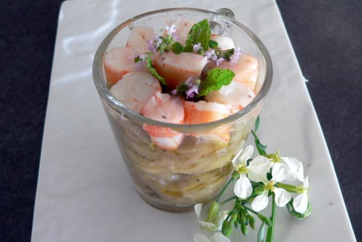Verrine de confit d'aubergines et crevettes bouquet