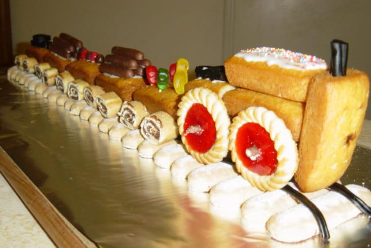 Train d'anniversaire aux biscuits express