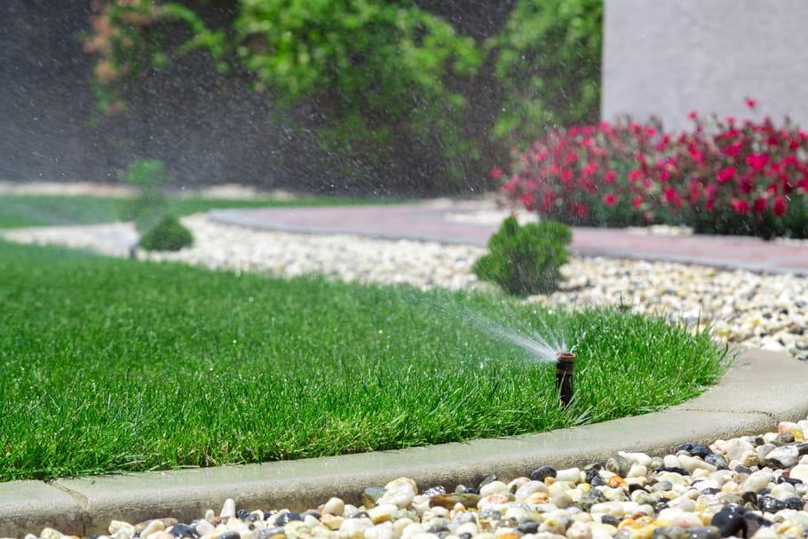 Arroser une pelouse