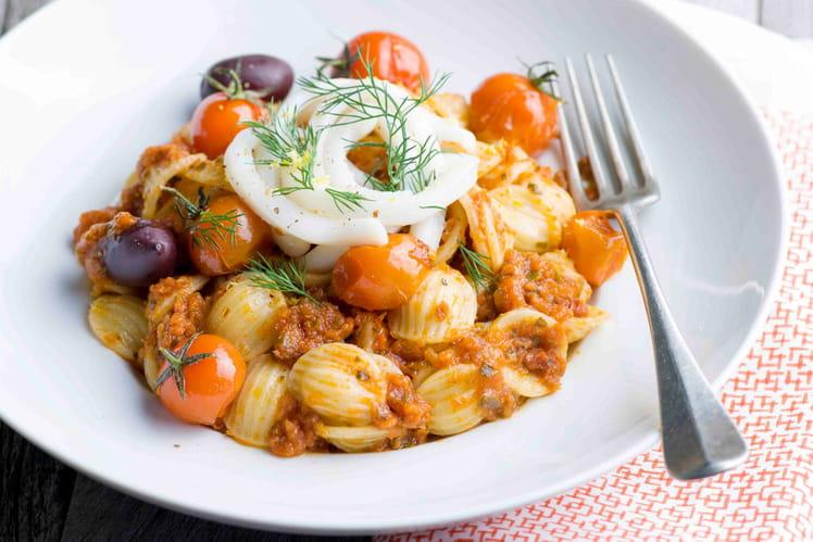 Orecchiette, tagliatelles de calamars et pesto aux tomates séchées