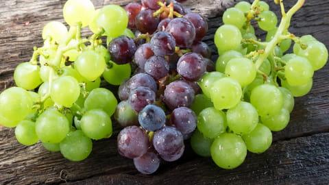 Comment éplucher épépiner raisin