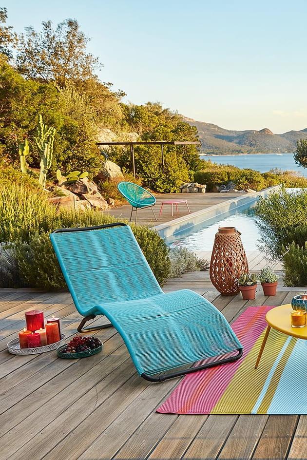 bain de soleil par maisons du monde. Black Bedroom Furniture Sets. Home Design Ideas
