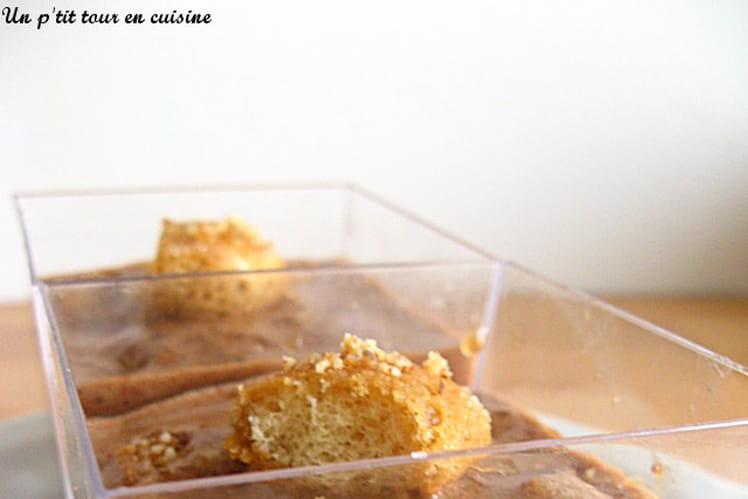 Verrines à la mousse de chocolat, pommes et biscuits