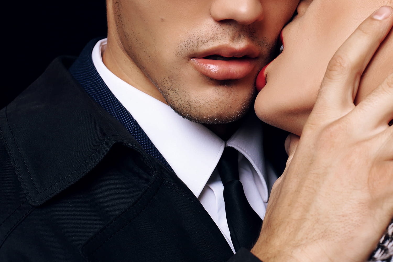 Journée internationale du baiser: les bisous sont-ils en voie de disparition?