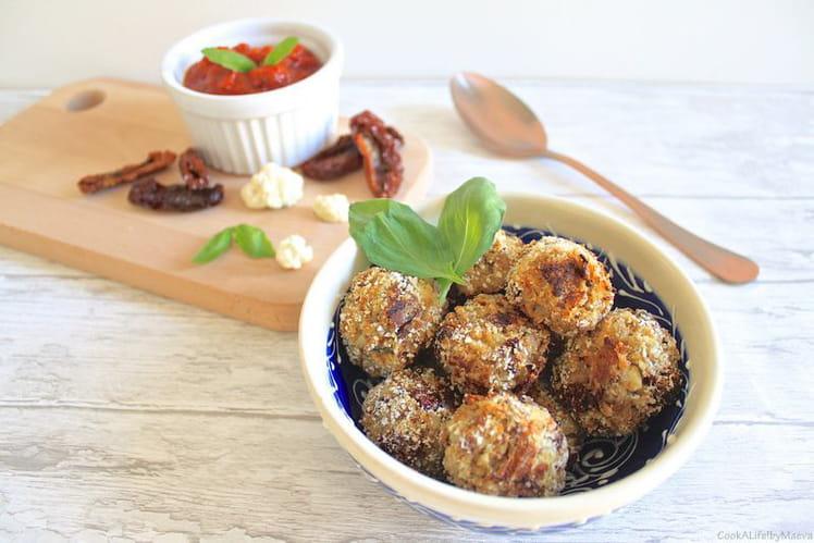 Arancini au riz de chou-fleur, chèvre, tomates séchées et basilic