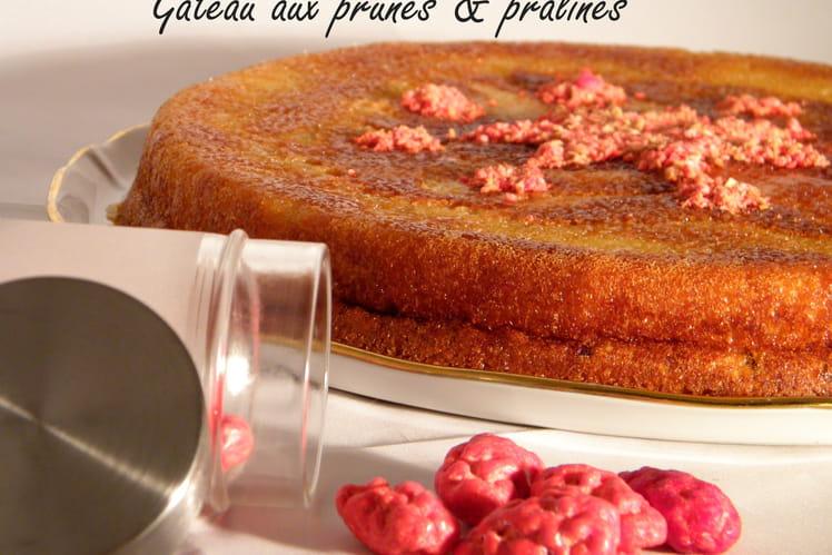 Gâteau aux prunes et pralines
