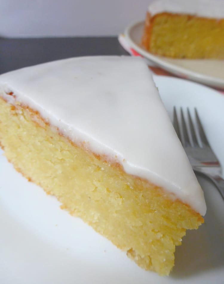 Recette De Gâteau Fondant Aux Amandes La Recette Facile
