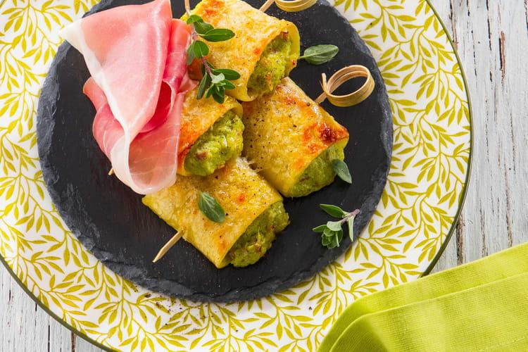 Brochettes de paccheri farcies au Jambon de Parme et à la crème d'asperges