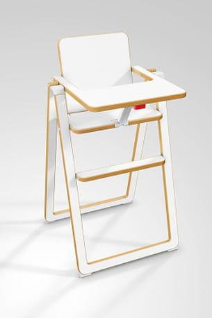 Chaise haute en bois supaflat de gamin tout terrain - A quel age mettre bebe dans la chaise haute ...