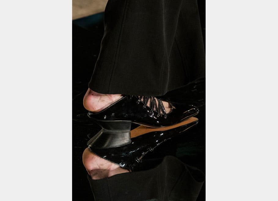Givenchy (Close Up) - photo 55