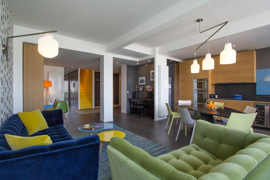 Le plein de couleurs dans un loft familial et convivial