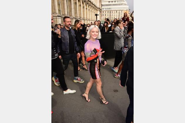 Zara Larsson au défilé Balmain