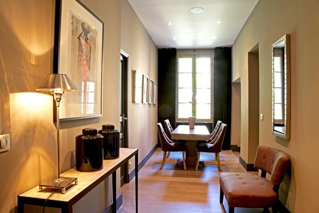 salle en enfilade. Black Bedroom Furniture Sets. Home Design Ideas