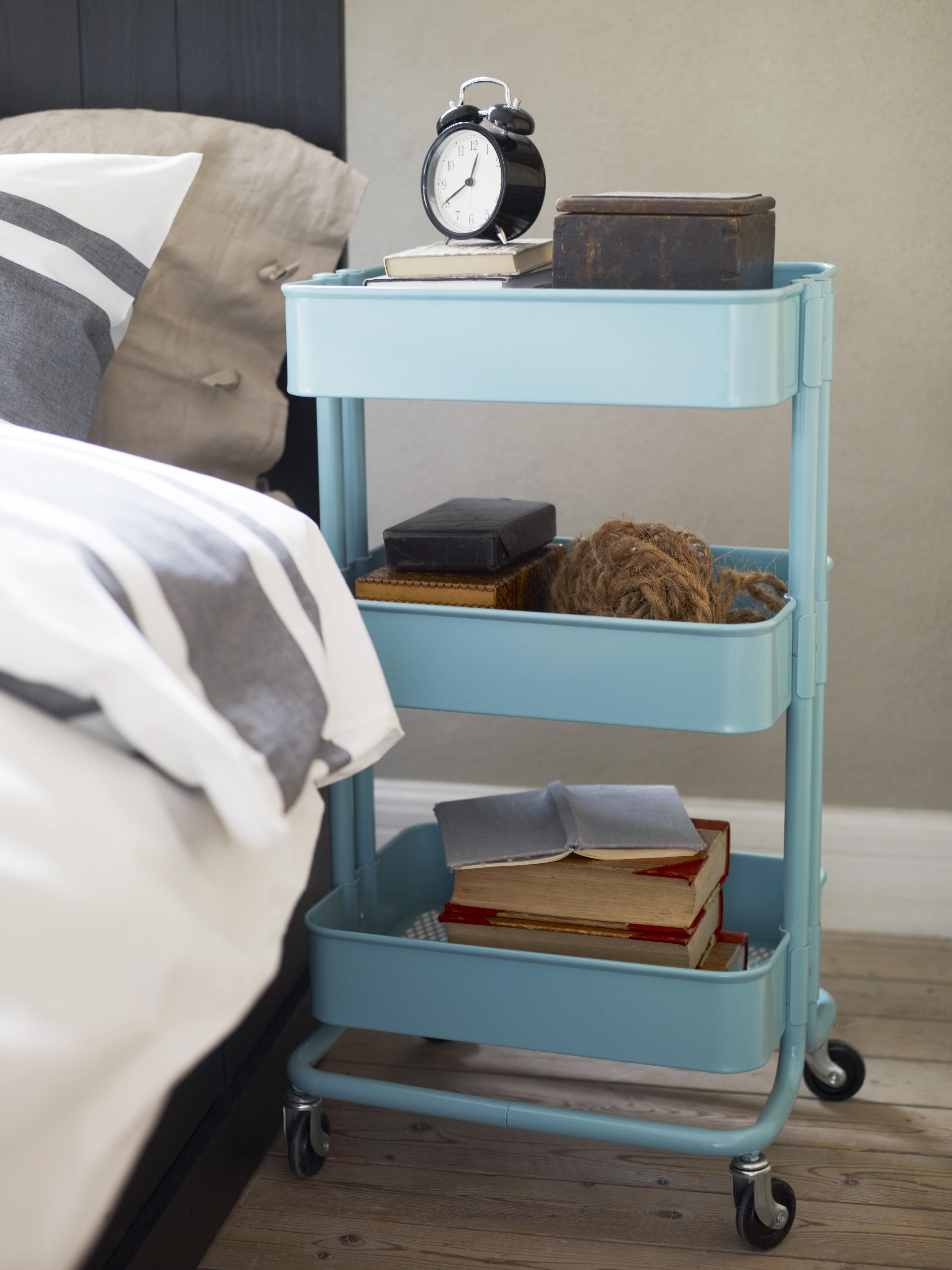 la desserte raskog d 39 ikea. Black Bedroom Furniture Sets. Home Design Ideas