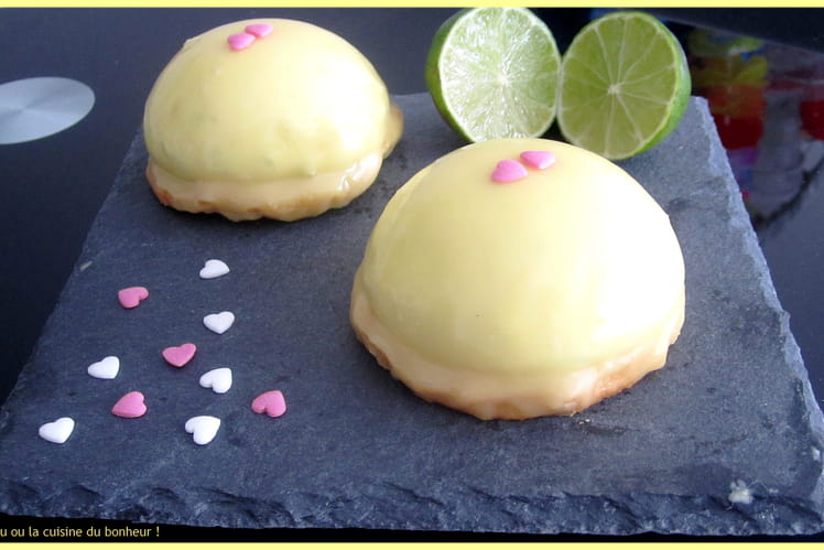 Dôme citron vert, chocolat blanc et cœur framboise