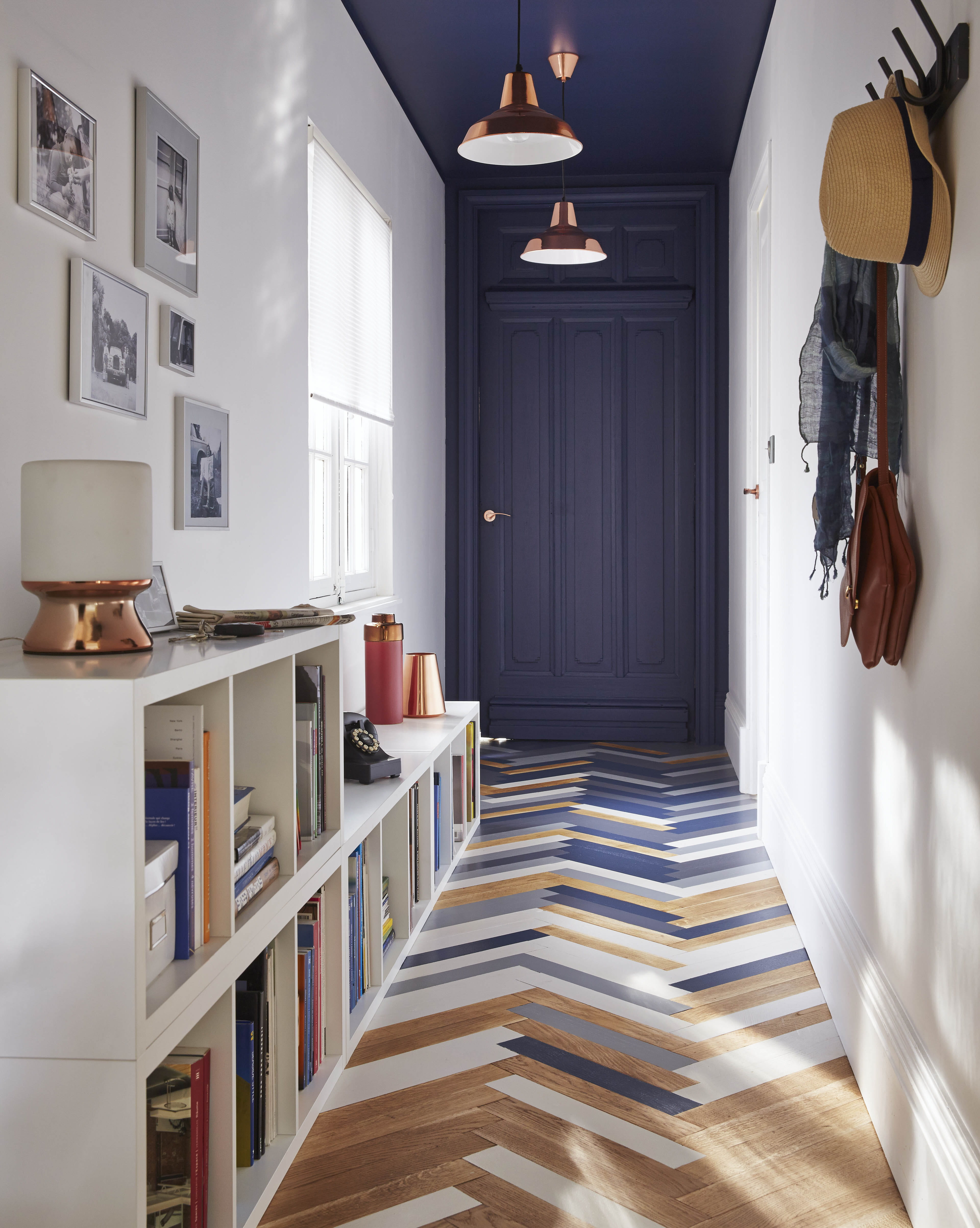 de la peinture sp ciale sol tollens chez castorama. Black Bedroom Furniture Sets. Home Design Ideas