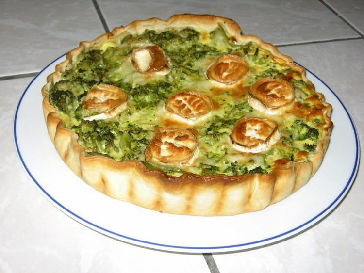 Recette de tourte brocoli ch vre la recette facile - Cuisiner des brocolis ...