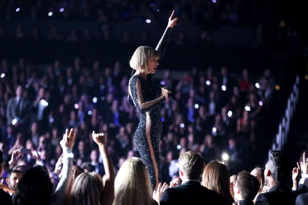 Taylor Swift a brillé aux Grammy Awards