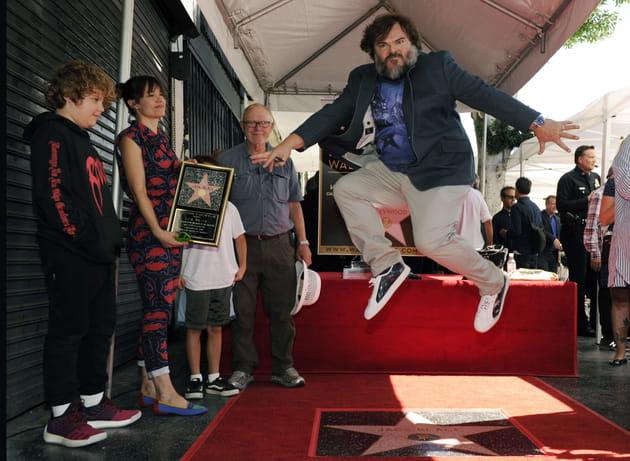 """Jack Black """"jump"""" sur son étoile sur le Walk of Fame"""
