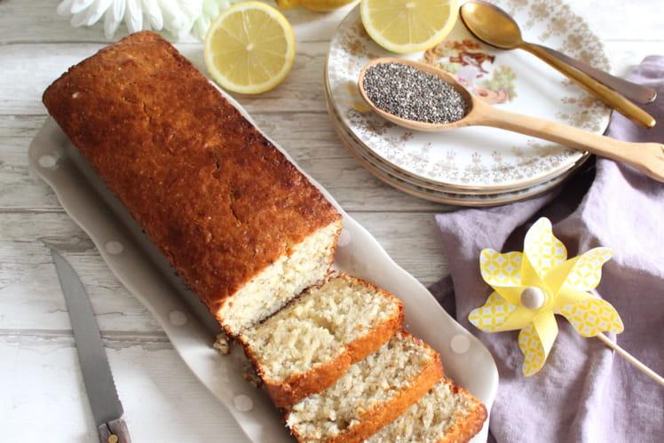 Cake au citron, graines de chia et cardamome