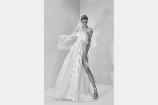 Une robe de mariée gracieuse