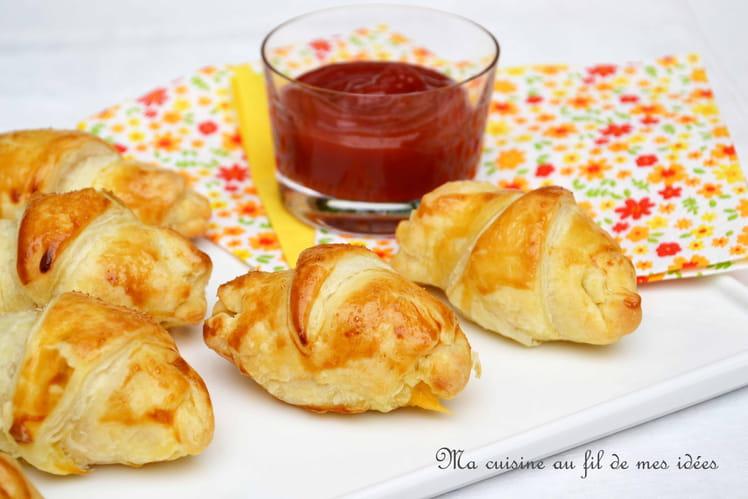 Petits croissants apéritifs saucisse et cheddar