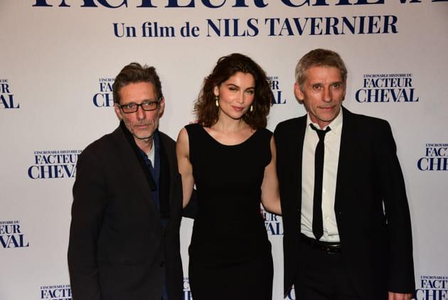 Bella Hadid gilet jaune, Macron porte le maillot… [PHOTOS]