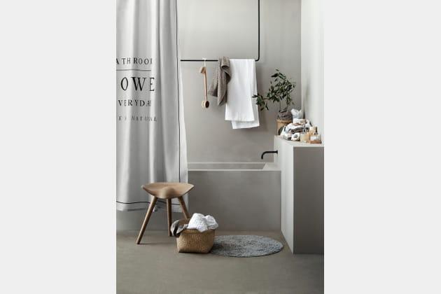 Salle de bains neutre