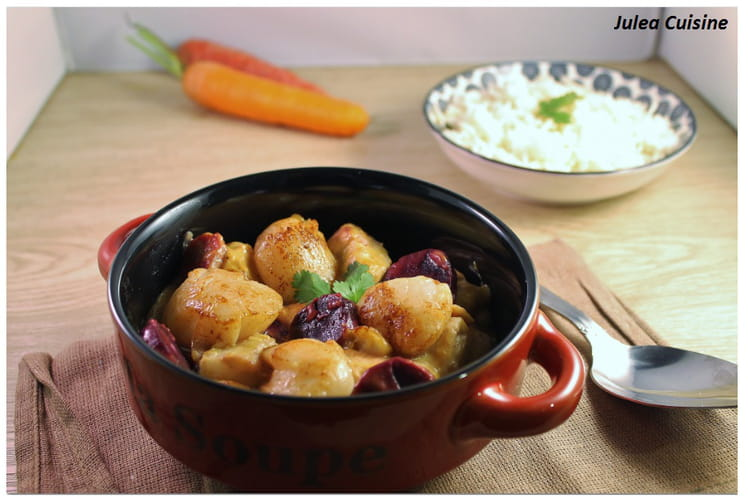 Cassolette de Saint-Jacques, saumon, cabillaud, carottes violettes et safran