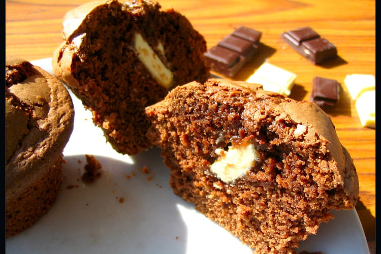 Muffins chocolat noisette, coeur de chocolat blanc