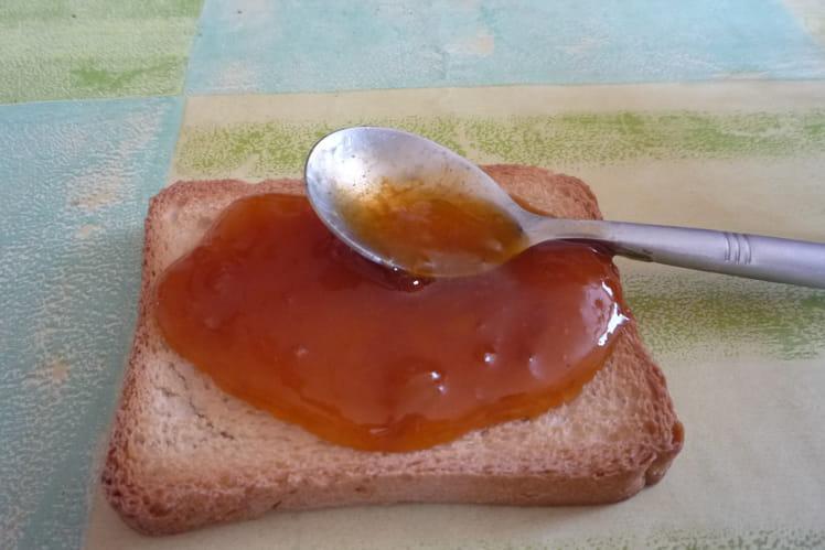 Confiture d'abricot au miel d'acacia