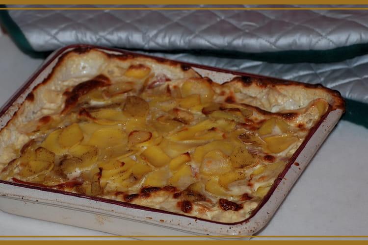 Gratin aux pommes de terre, munster et jambon cru