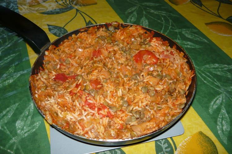 Colombo de riz aux lentilles et à la tomate