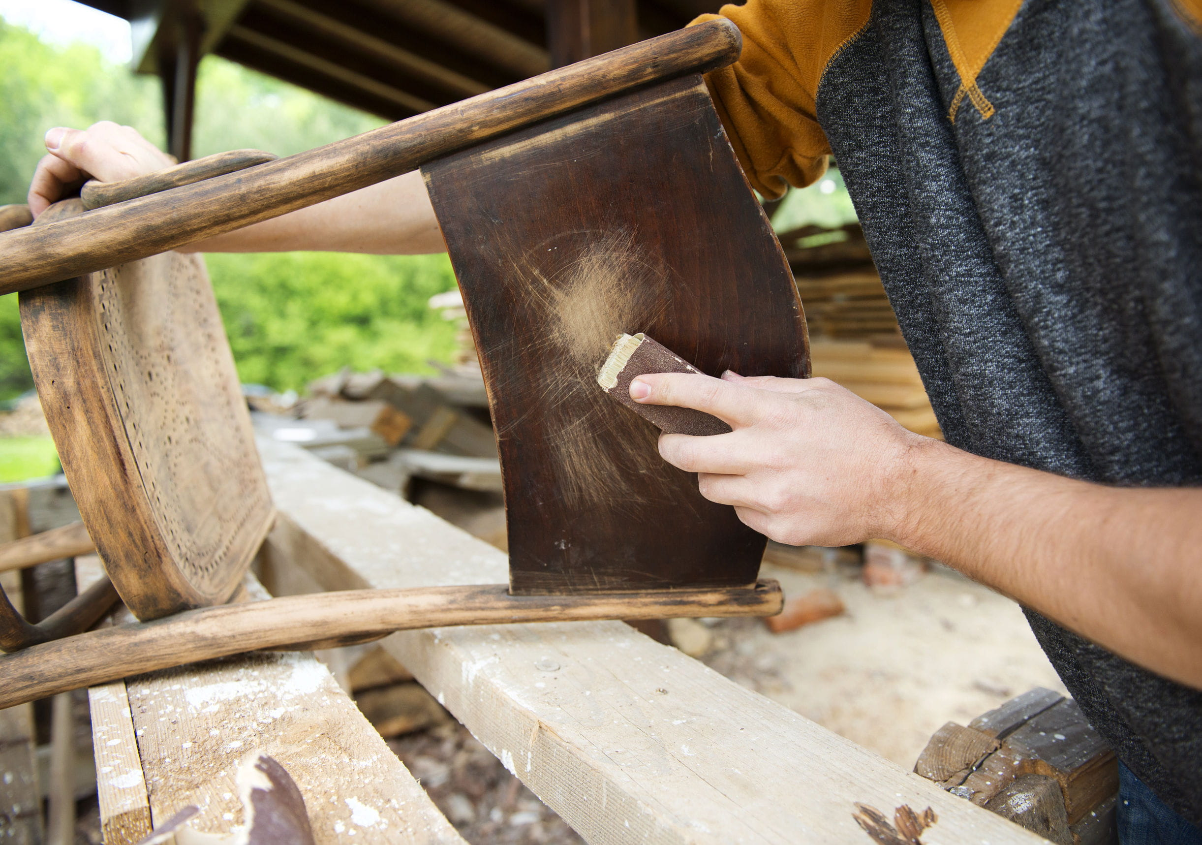 Peinture relooker vos meubles en bois avec de la patine côté