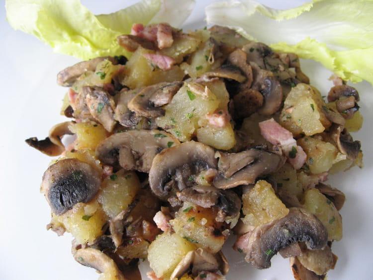 recette de po l e pommes de terre aux champignons la recette facile. Black Bedroom Furniture Sets. Home Design Ideas