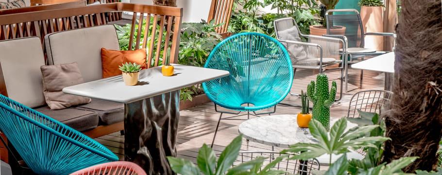 salon de jardin id e de d coration. Black Bedroom Furniture Sets. Home Design Ideas