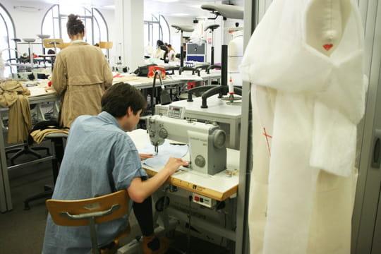 Une volution de la formation - L ecole de la chambre syndicale de la couture parisienne ...