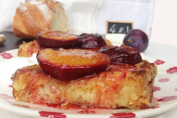Pain perdu amande cardamone et prunes rôties au miel