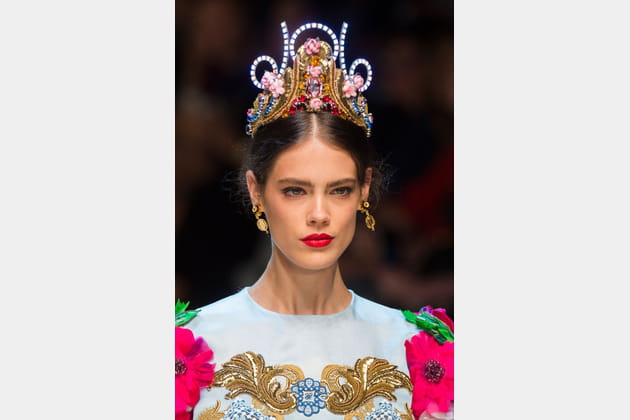 Le diadème fantaisie du défilé Dolce & Gabbana