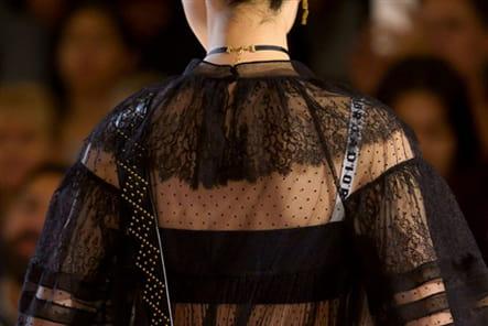 Christian Dior (Close Up) - photo 24