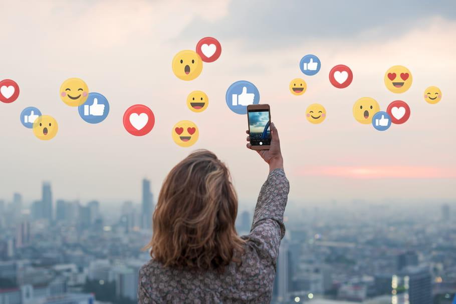 En France, en Chine ou aux US: où passe-t-on le plus de temps sur les réseaux sociaux?