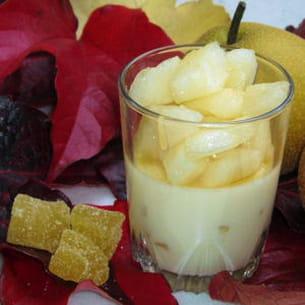panna cotta au miel, gingembre et nashi doré