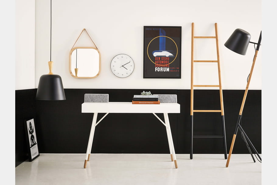 bureau cupertino par boconcept. Black Bedroom Furniture Sets. Home Design Ideas
