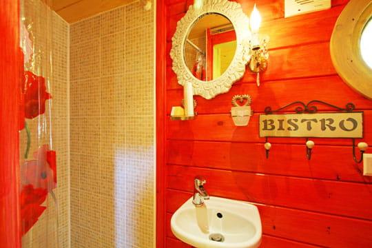 Salle de bains de poche