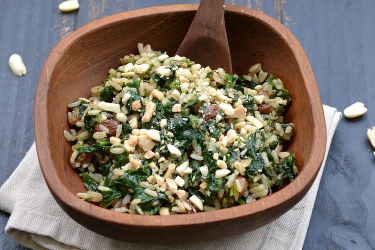 Riz complet aux épinards et raisins secs