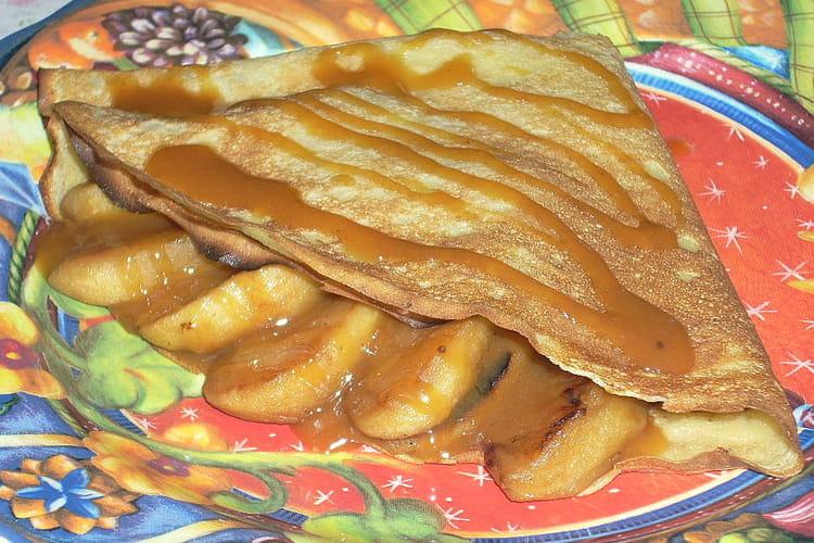 Crêpes aux pommes crème caramel au beurre salé