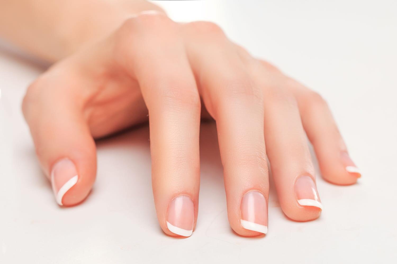 Les solutions pour ne plus avoir des ongles abîmés